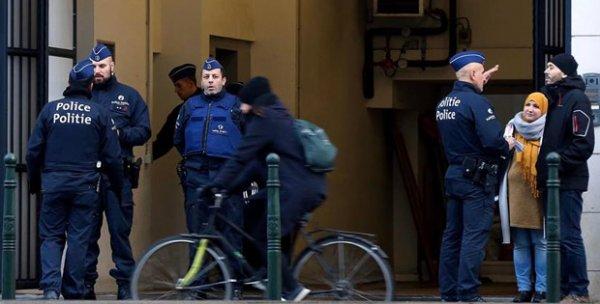 Belçika'da Müslüman kıza saldıran 2 kişi gözaltı