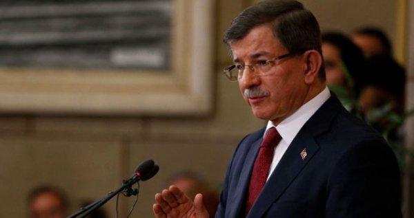 Ahmet Davutoğlu parti kurma iddialarına yanıt vermedi