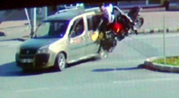 Antalya'da 2 genci hayattan koparan kaza kamerada