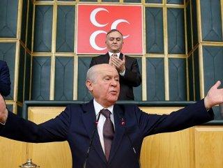 Bahçeli: Kılıçdaroğlu yine yaş tahtaya bastı