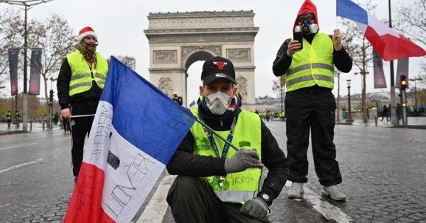 Fransa'dan İtalya'ya Sarı Yelekliler tepkisi