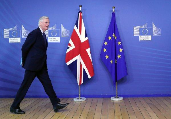 Hunt: AB ile İngiltere'nin ilişkisi tehdit altında