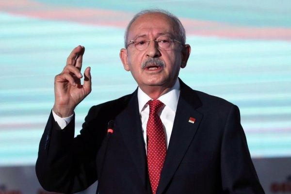 Kılıçdaroğlu'nun masasındaki anket