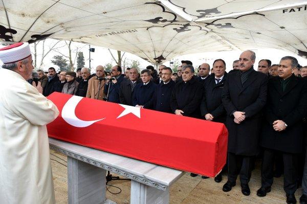 Abdullah Gül ve Davutoğlu, Kemal Karpat'ın cenazesinde