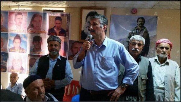 CHP'li Taş'ın Öcalan posteri önündeki fotoğrafı ortaya çıktı