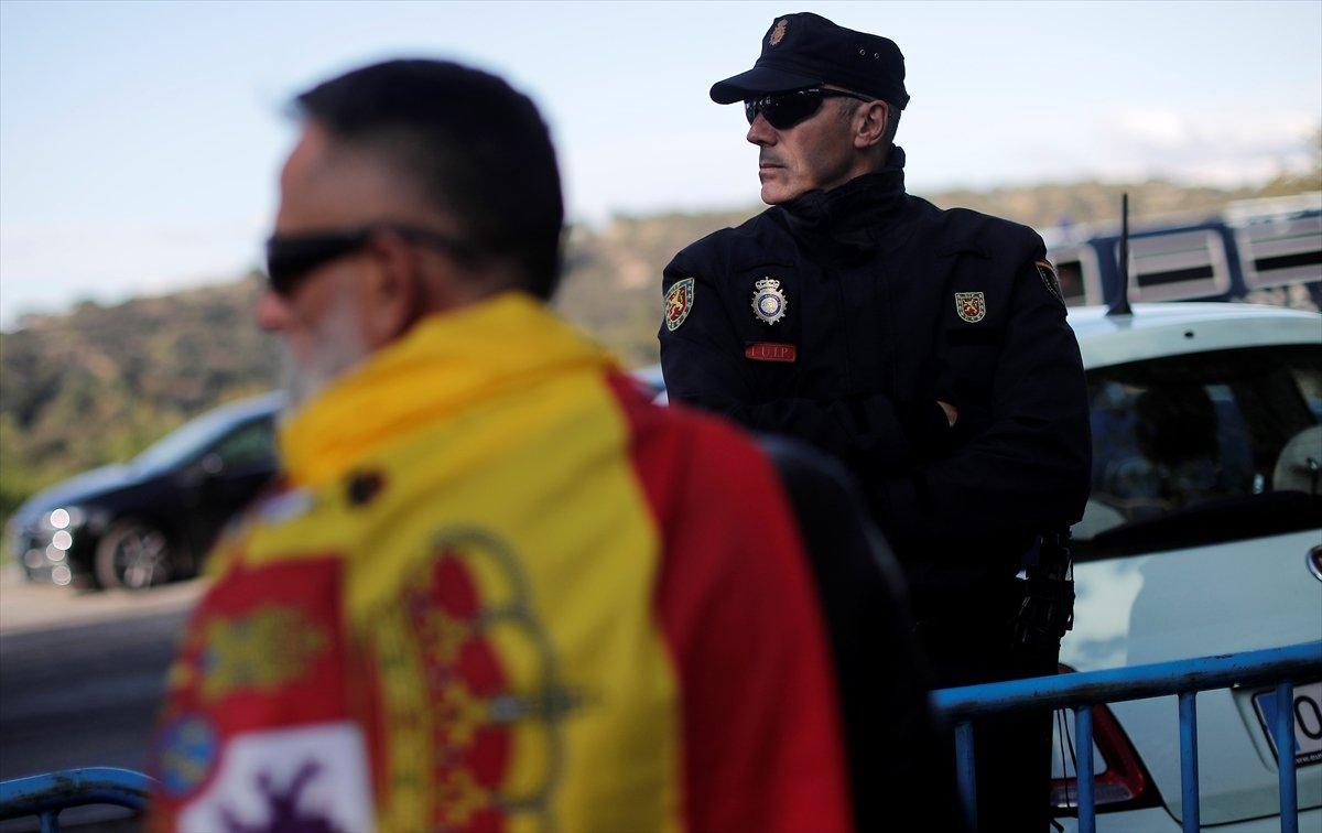 İspanya'da diktatör Franco'nun mezarı taşınmaya başladı