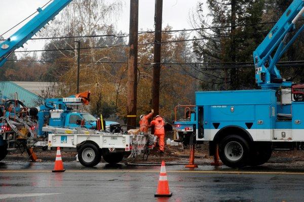 Kuzey Kaliforniya'da 800 bin ev elektriksiz kalacak