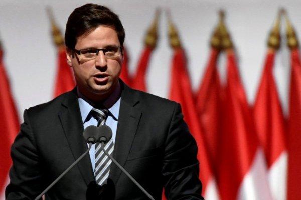 Macaristan Devlet Bakanı Gulyas'tan destek mesajı