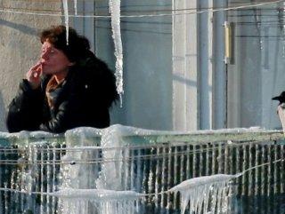 Rusya'da sigara içen çocukların ebeveynlerine ceza