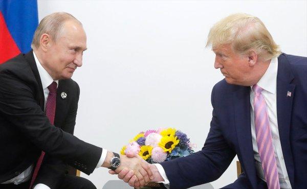 Trump, Putin'in doğum gününü karıştırdı