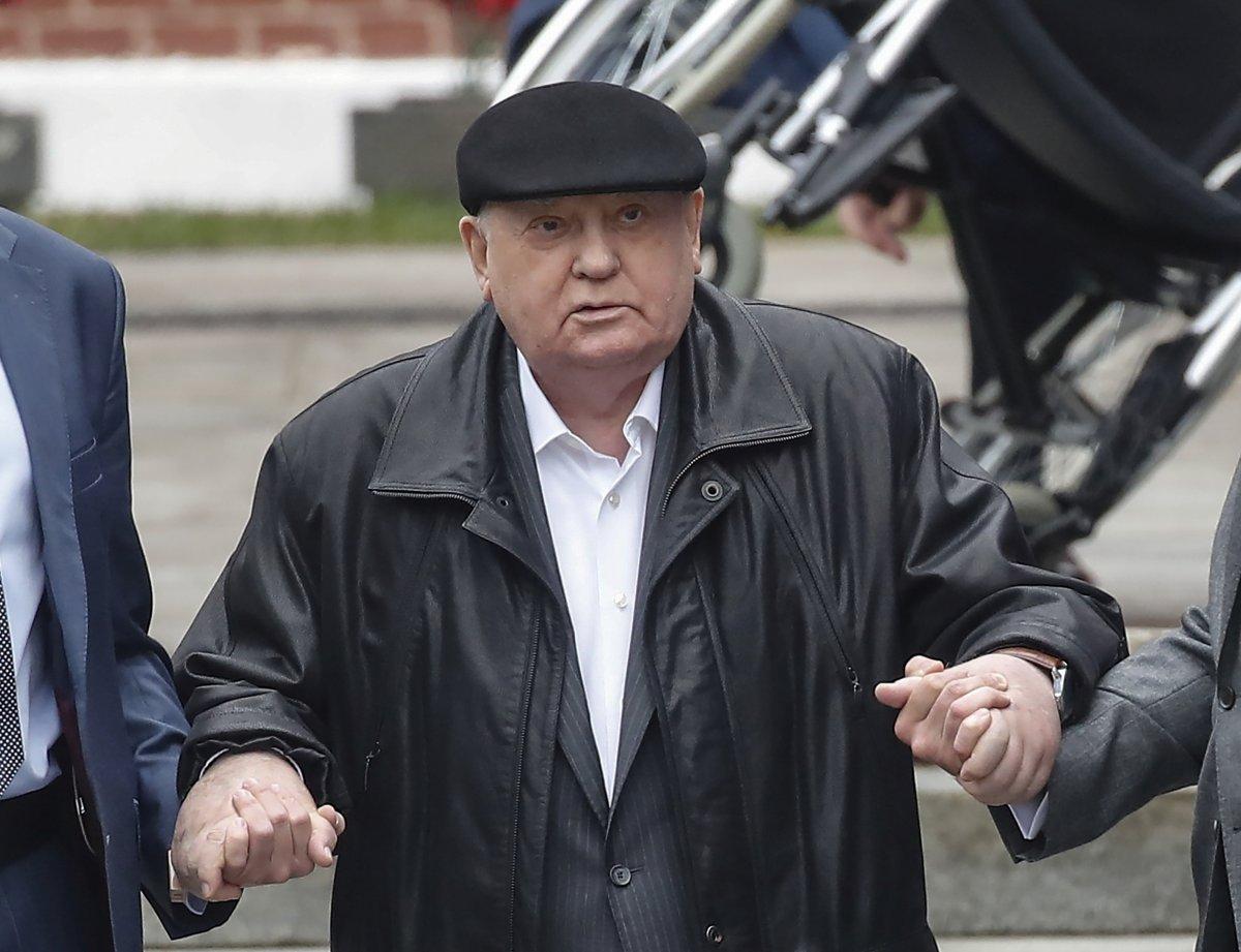 Gorbaçov: SSCB'yi ayakta tutabilirdik