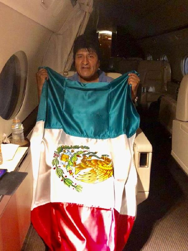 Morales'in istifasını isteyen general görevden alındı